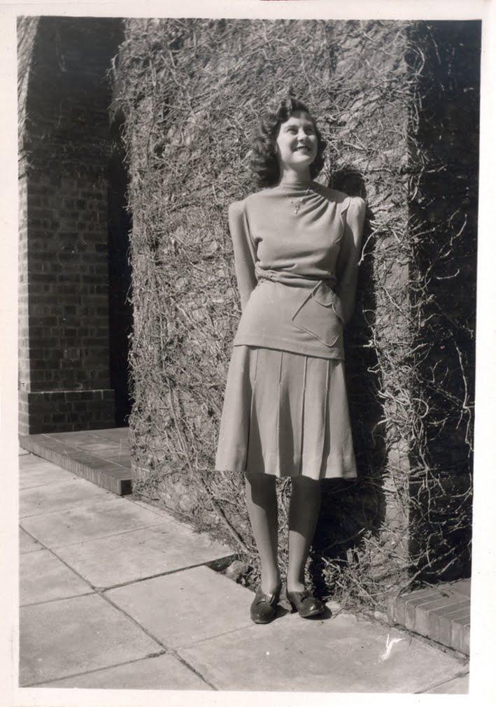 Threadpiece Vintage Photo Contest