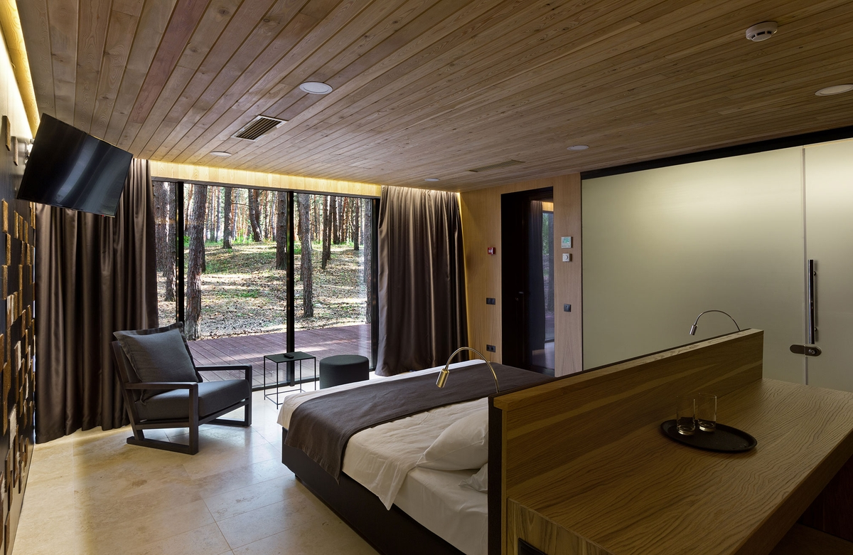 04-Bedroom-YOD-Design-Lab-Architectural-Guest-Houses-in-the-Forest-www-designstack-co
