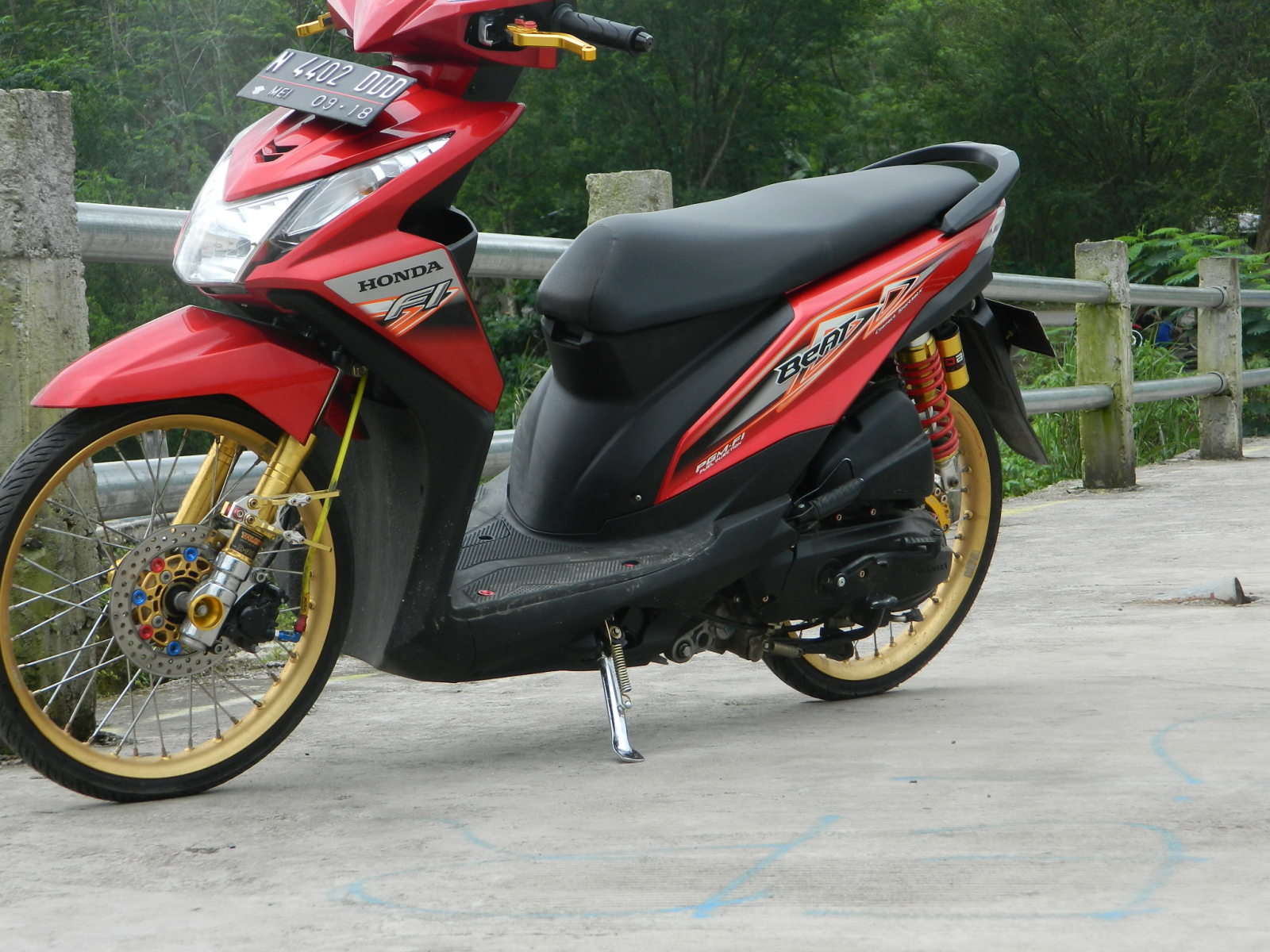 Download Koleksi 73 Gambar Modifikasi Motor Honda Beat Pop