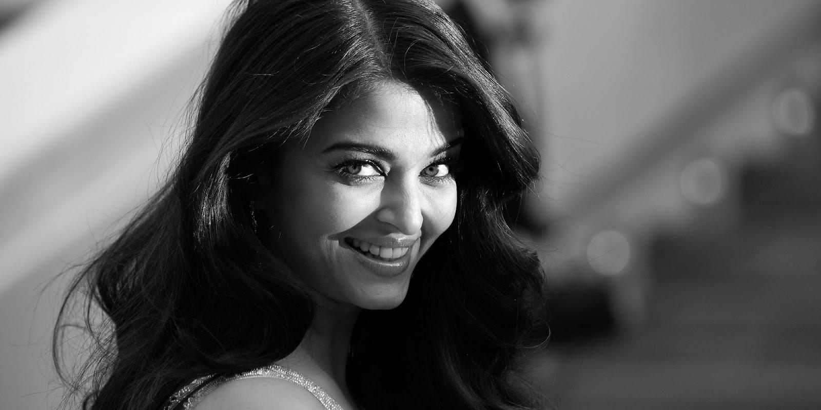 Bollywood Beauties In Black