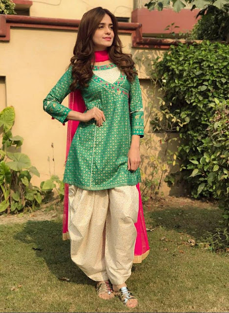 db54bf9fa82 The Designer Zahra Ahmad is A famous number in popular to give compliment  twist to normal designs for women dresses in every trend wedding, summer,  winter ...