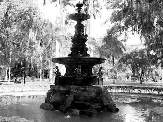 O Chafariz das Musas e As Palmeiras no Jardim Botânico do Rio de Janeiro