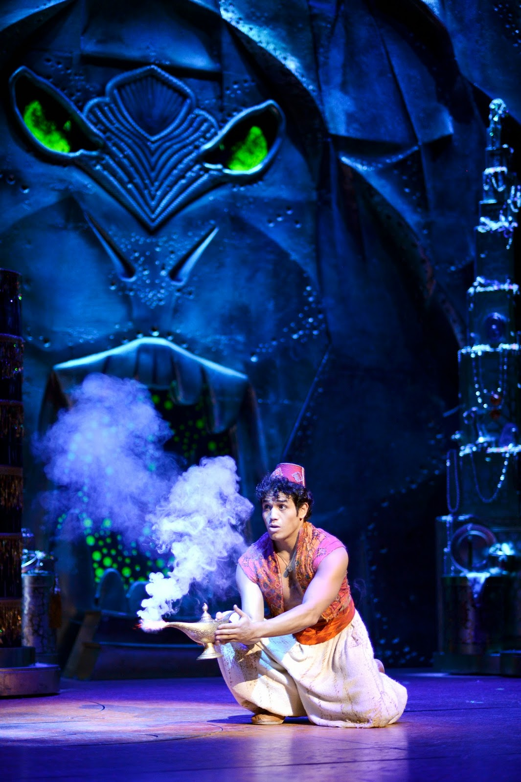 Aladdin musical aladdin musical news 2016 4 for The broadway