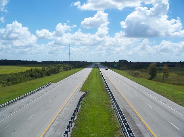 Como é a viagem de carro de Miami a Orlando?