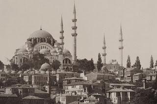 Süleymaniye Camii ile ilgili aramalar süleymaniye camii nerede  süleymaniye camii sırları  süleymaniye camii özellikleri  süleymaniye camii nasıl gidilir  süleymaniye camii planı  süleymaniye camii hikayesi  süleymaniye camii içi  süleymaniye camii giriş ücreti