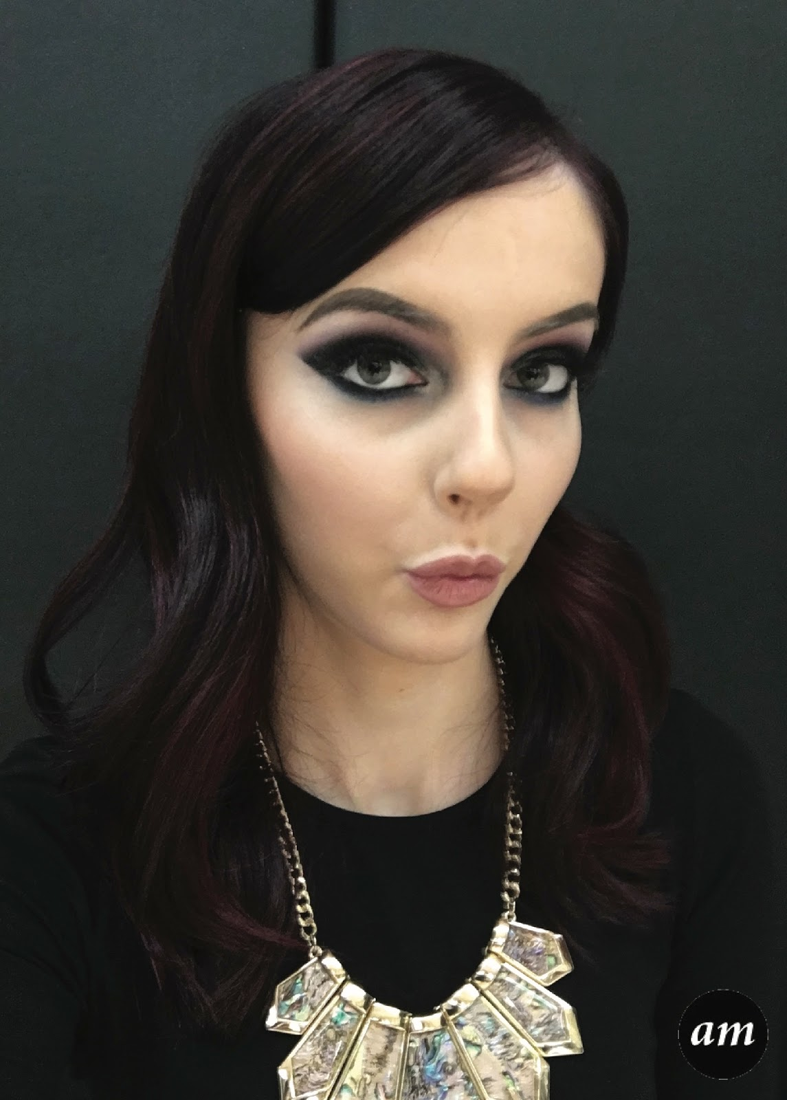 Amber mcniff beauty and fashion blog my illamasqua makeover as my 18 th birthday was approaching i made a trip to illamasqua in leeds to book in to have my makeup done for my big night out baditri Image collections