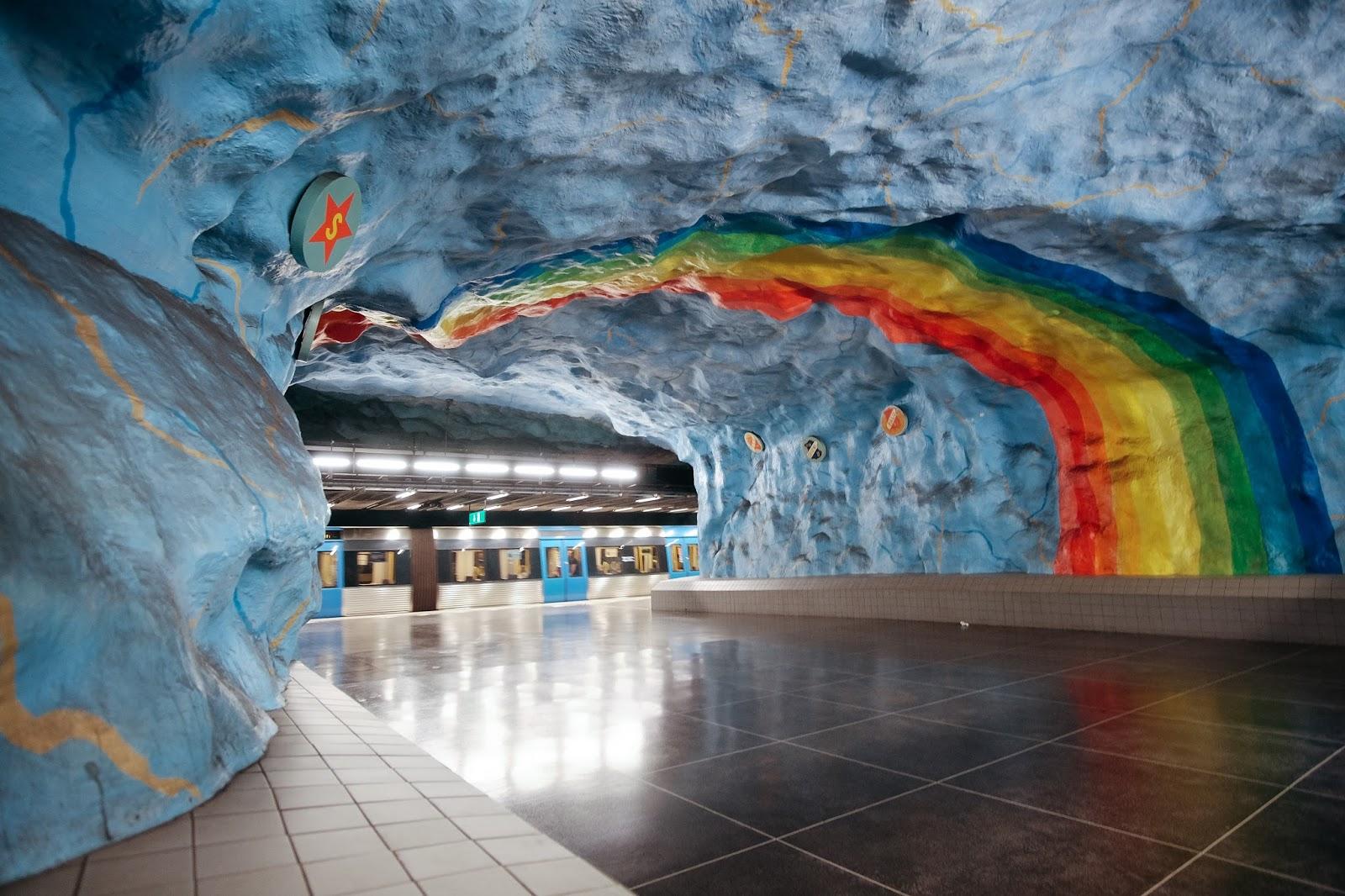 Stadion metro station