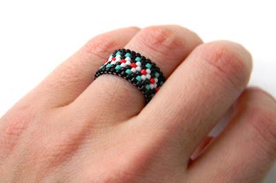 купить красивое кольцо из бисера интернет магазин необычной авторской бижутерии