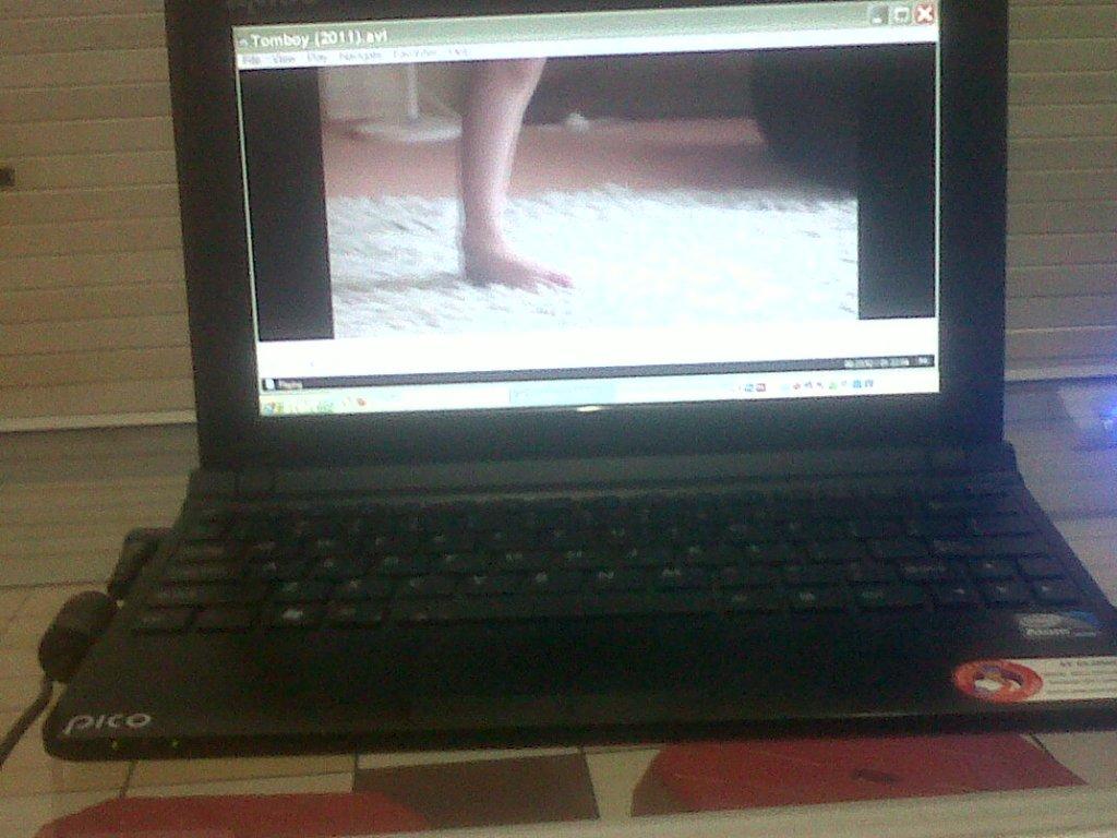 Nakhsu Cara Meng Aktifkan Webcam Di Notebook Laptop Axioo