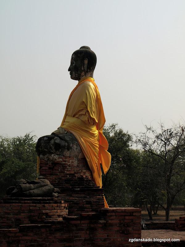 Ayutthaya - Wat Worachatha Ram