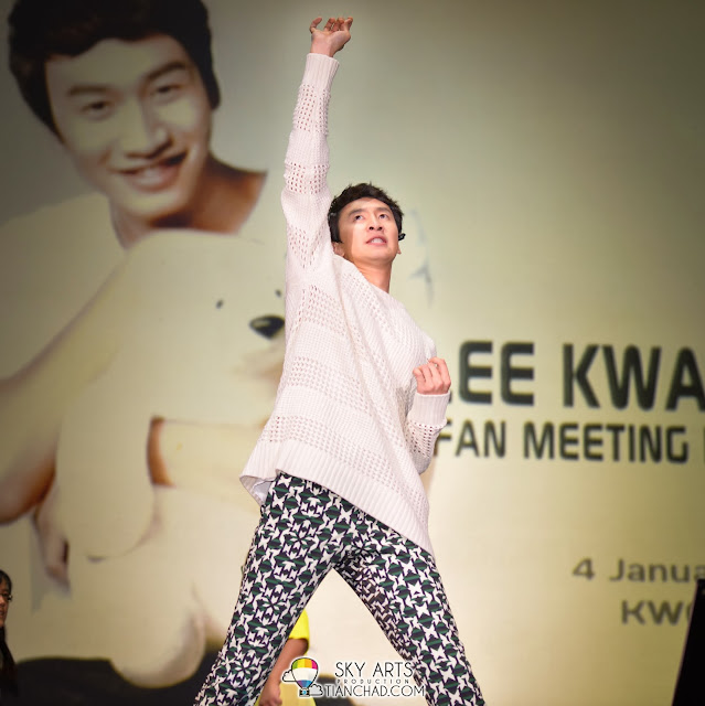 """Give me power!!"" Lee Kwang Soo Fan Meeting in Malaysia"
