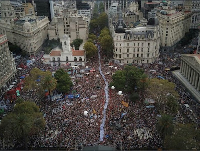 Imágenes del acto en plaza de mayo en este 24/3