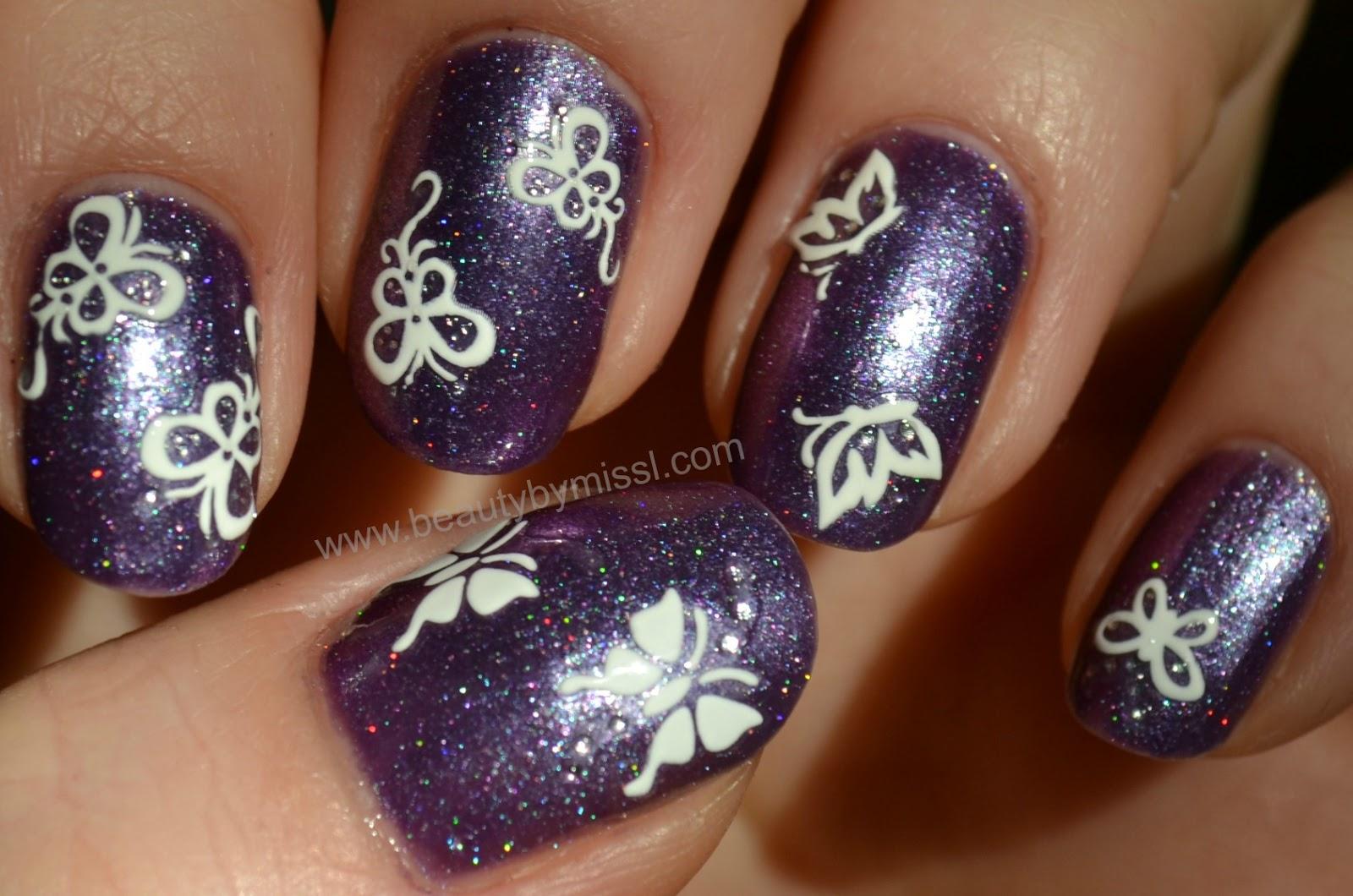 purple white nails
