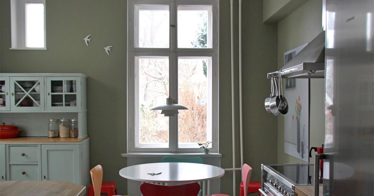 anneliwest berlin kpm schwalben die auf olive fliegen. Black Bedroom Furniture Sets. Home Design Ideas