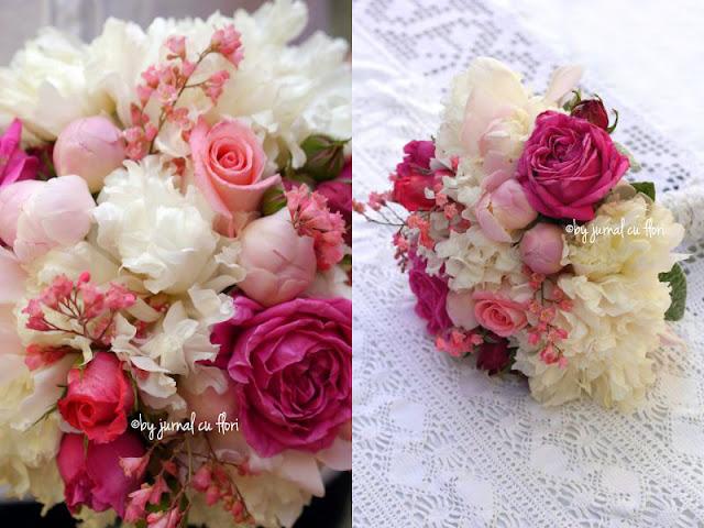 buchet roz de mireasa cu bujori albi trandafiri roz ciclam flori de gradina