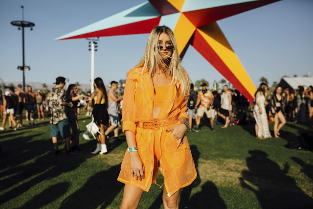 COACHELLA 2018 Clothing and accesories
