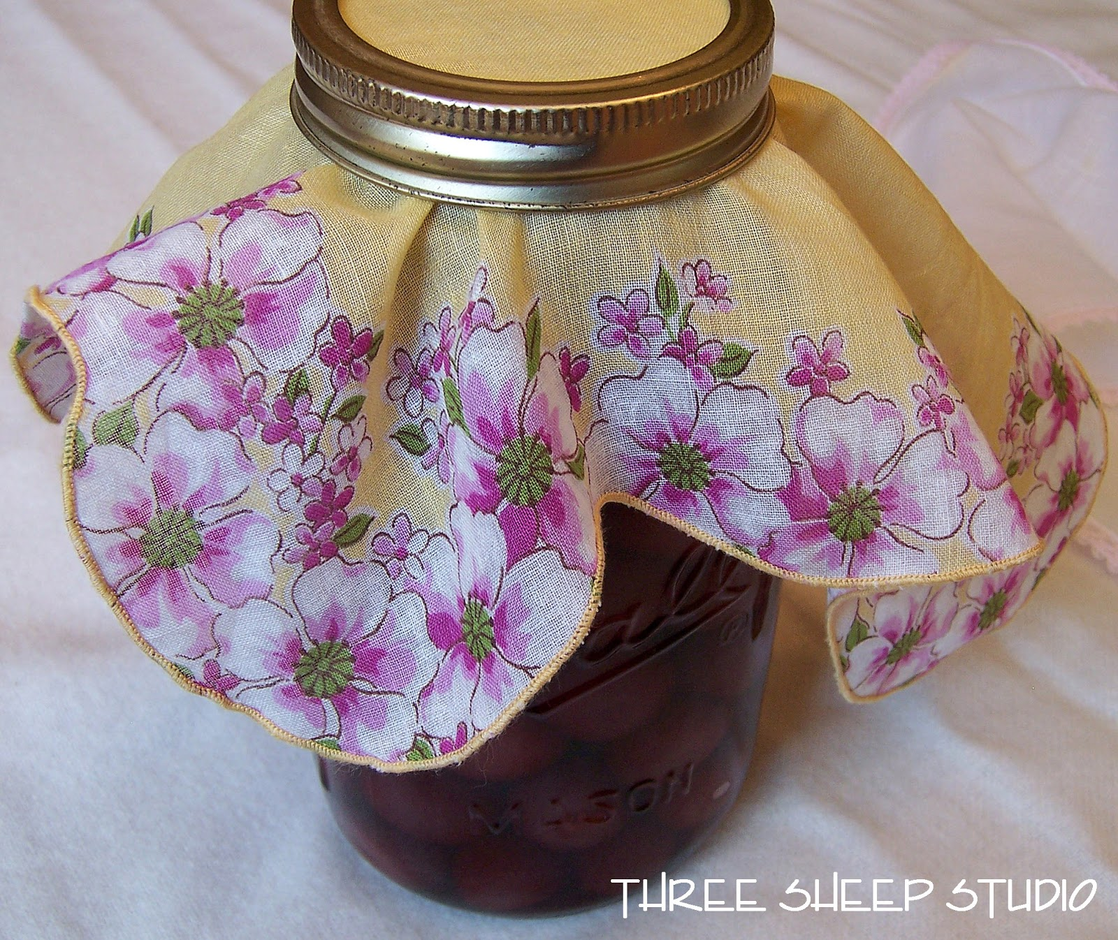 Antique Ideas: Three Sheep Studio: Vintage Handkerchiefs