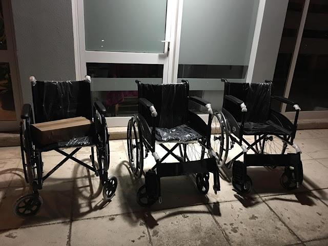 Τρία ακόμη αναπηρικά αμαξίδια από την δράση συλλογής και ανακύκλωσης πλαστικών πωμάτων στο Ναύπλιο