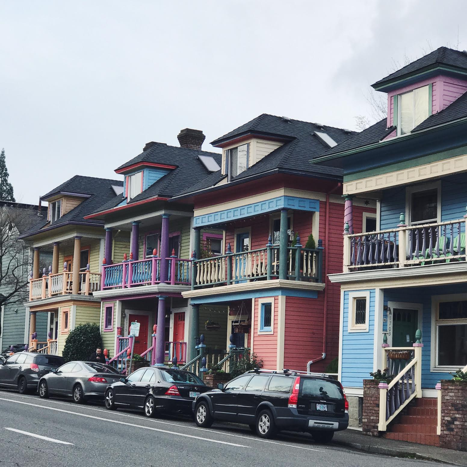Portland Houses, Colorful houses, Travel