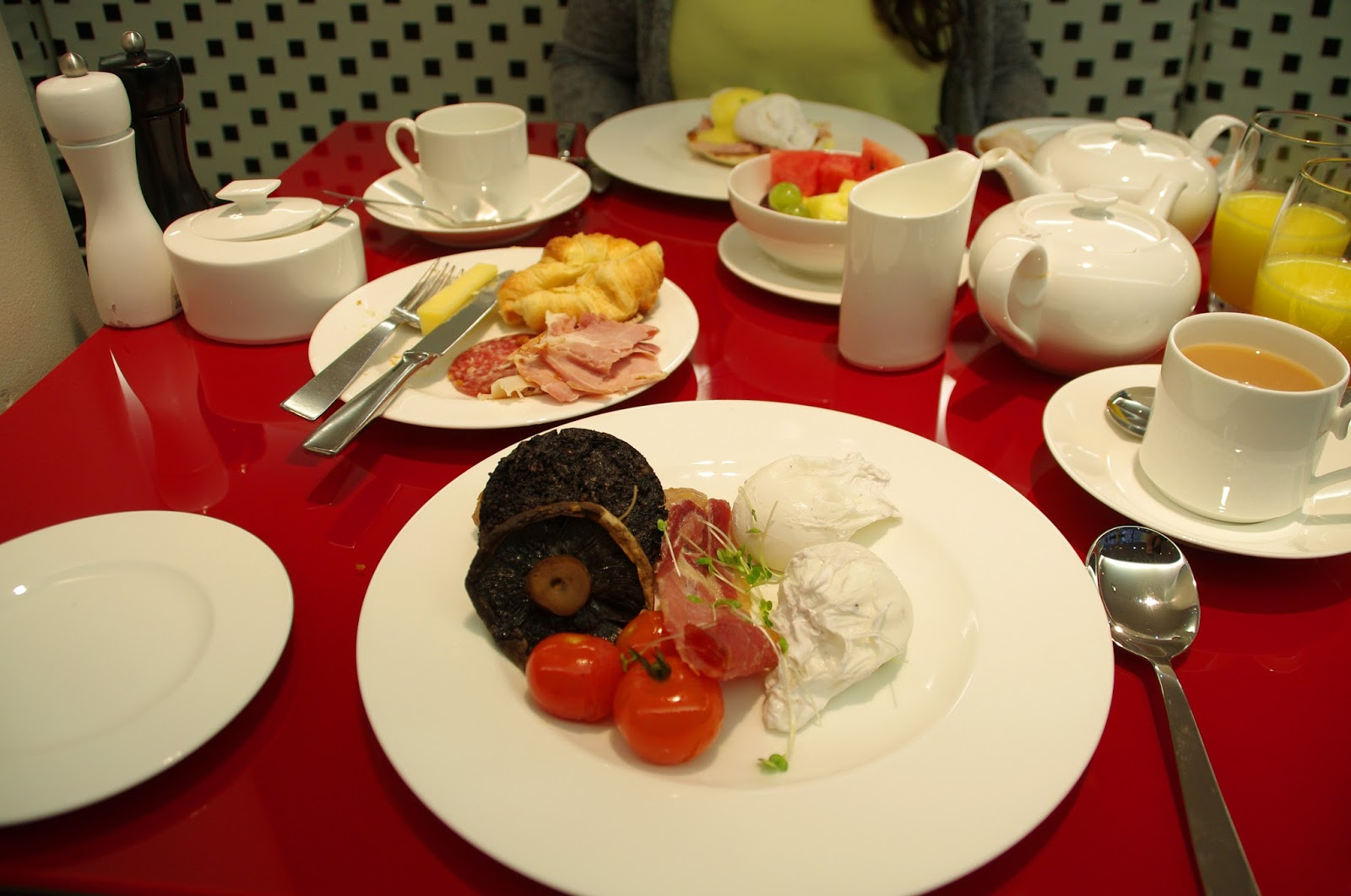 G&V Royal Mile Hotel Edinburgh Breakfast