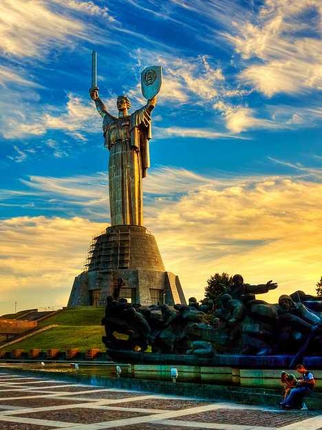 las estatuas Las+15+estatuas+mas+altas+de+15+paises+distintos+16