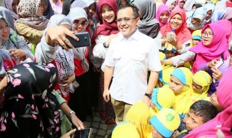 Soal Kasus Foto, Polda Jatim Tunggu Laporan Azwar Anas