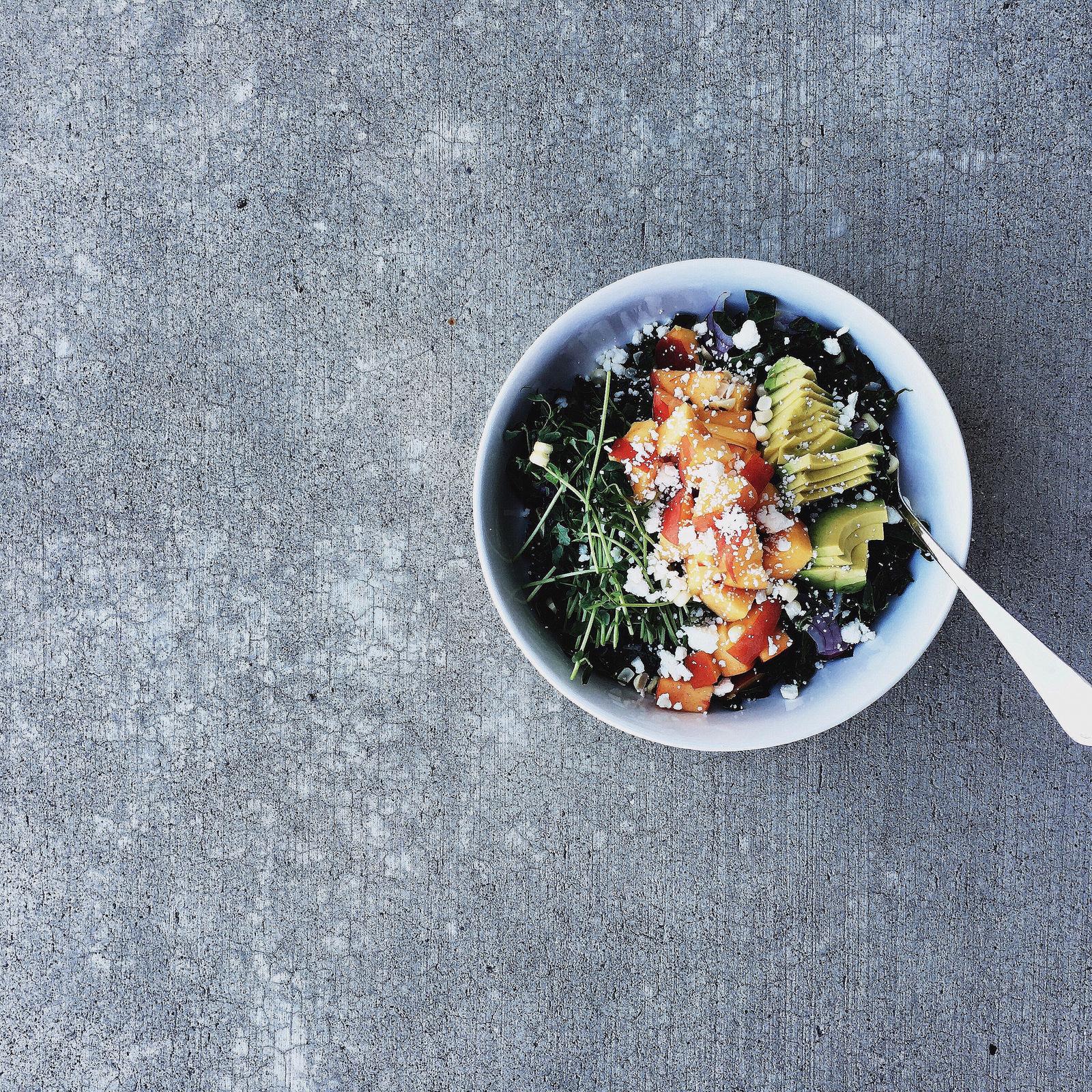 BREANNA\'S RECIPE BOX: Kale Chopped Salad + Peaches (and a whole lot ...