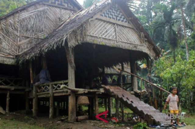 Uma rumat adat Mentawai