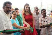 Rashmi Thakur Inaugurates Pochampally IKAT Art mela 2016-thumbnail-18