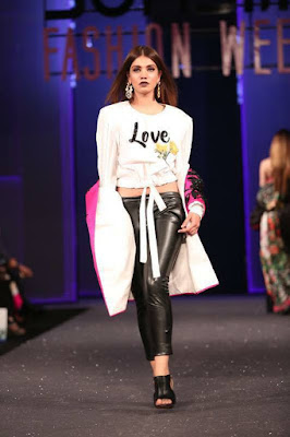 Sana-safinaz-collection-2017-at-sunsilk-fashion-week-10