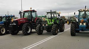 Ζεσταίνουν τις μηχανές τους οι αγρότες