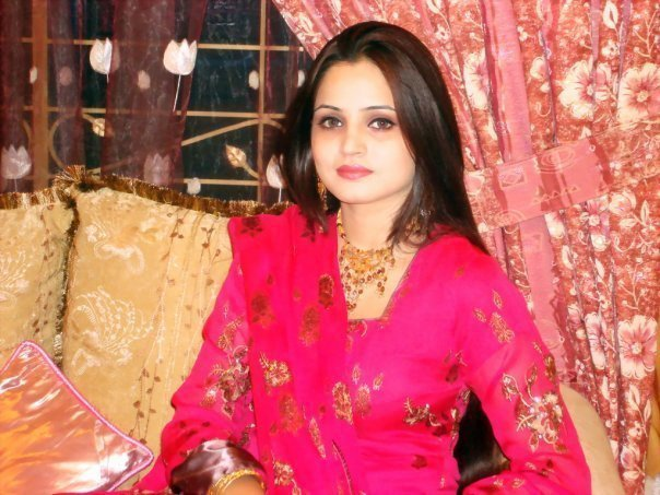 Facebook Pakistani Cute Girls 700 Pictures - Hottest -8906