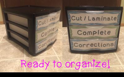 http://terristeachingtreasures.blogspot.ca/2014/09/clutter-free-desk.html
