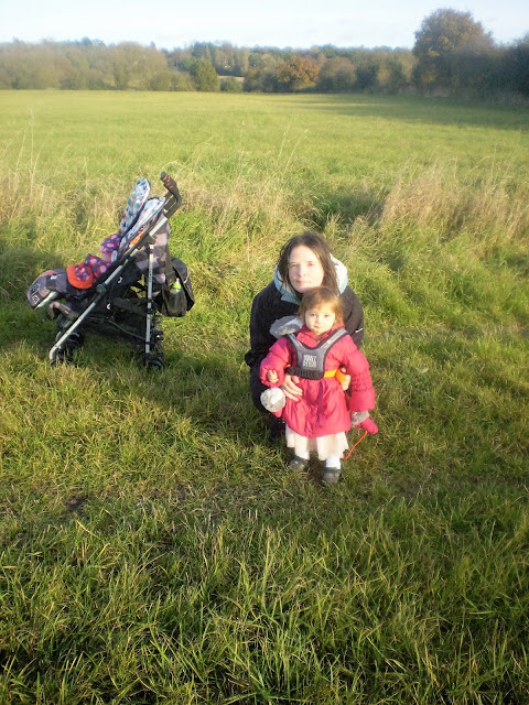 Mummy and her babies in a grassy field with the Hobbledehoo