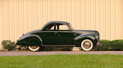 1939 Ford Deluxe Coupe Side Right