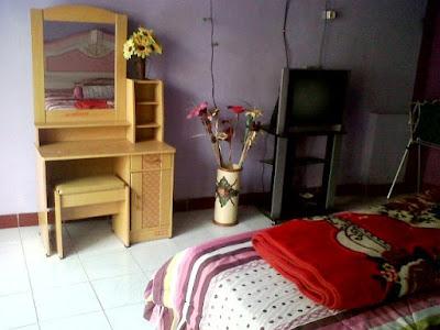 fasilitas kamar homestay dieng pass