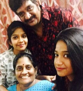 Chinna Family Husband Parents children's Marriage Photos