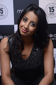 Sanjjana at Mirrors saloon launch event-thumbnail-13