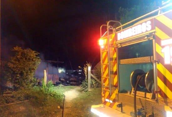 Incêndio na localidade do Parado, residência de Emílio Opauka