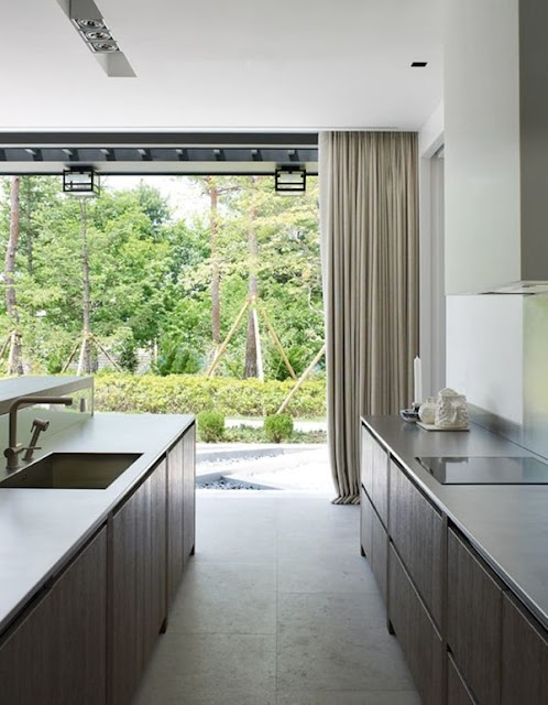 Windows and Natural Light In Kitchens 7