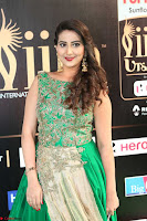 Manjusha in Beautiful Sleeveless Green Anarkali dress at IIFA Utsavam Awards 80.JPG