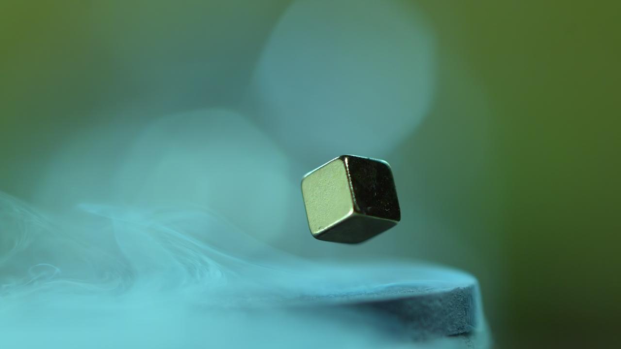 Levitação Magnética, Supercondutores e Efeito Meissner.