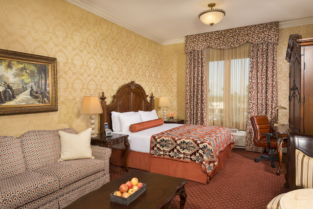 The Ayres Hotel Hawthorne/Manhattan beach/LAX is a European-inspired boutique hotel located in Los Angeles County, near Los Angeles Airport.