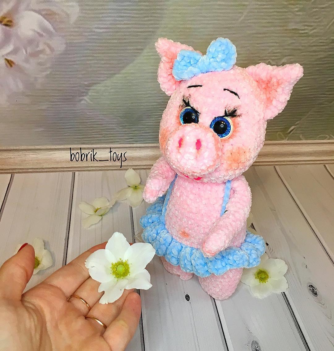 Свинка крючком из плюшевой пряжи