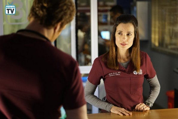 """NUP 185448 0436 595 Spoiler%2BTV%2BTransparent - Chicago Med (S04E13) """"Ghosts In the Attic"""" Episode Preview"""