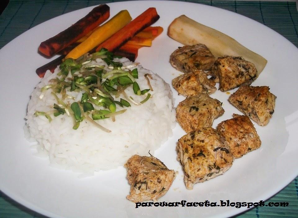 ryż jaśminowy na parze z szynką w parowarze