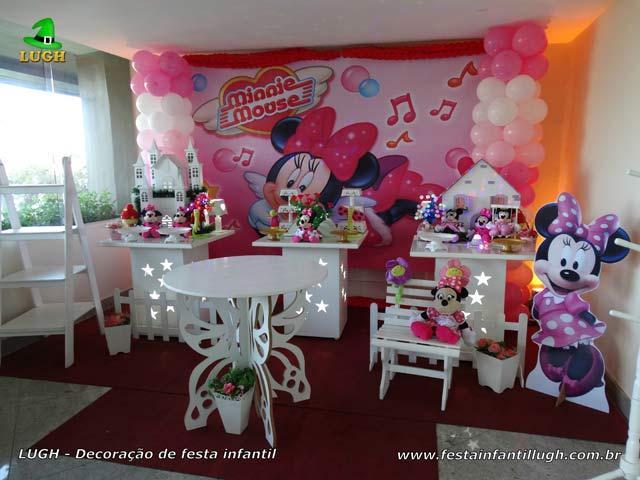 Decoração de mesa tema Minnie rosa para festa de aniversário infantil