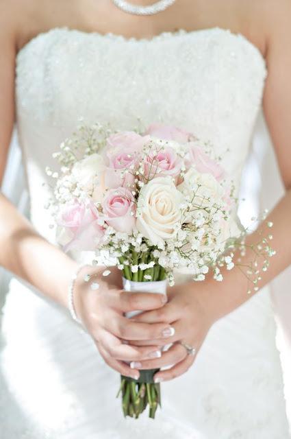 hoa cầm tay cô dâu đẹp 2