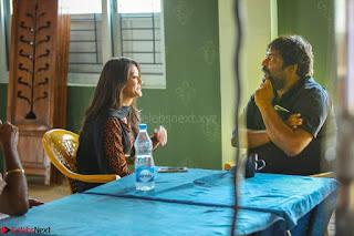 Pooja Jhaveri romancing Vijay Devarakonda in movie Dwaraka (3).jpg