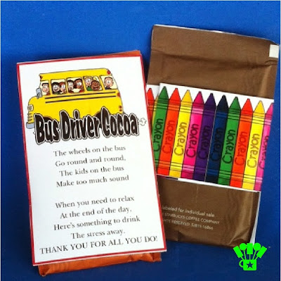 Your school bus driver is one of the unsung heroes of the school. They deserve a special thank you gift during Teacher Appreciation gift week too. With this cute printable poem, your bus driver will feel special and appreciated as they drive to school with a warm cup of hot chocolate. #backtoschool #teachergift #busdriver #cocoa #christmasgift #diypartymomblog